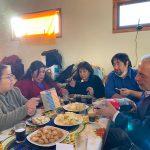 Gobernador de Coyhaique no respeta distanciamiento social y se reúne con dirigentas a celebrar un cumpleaños