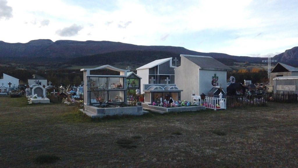Denuncian venta duplicada de terrenos en cementerio Cuatro Vientos de Coyhaique