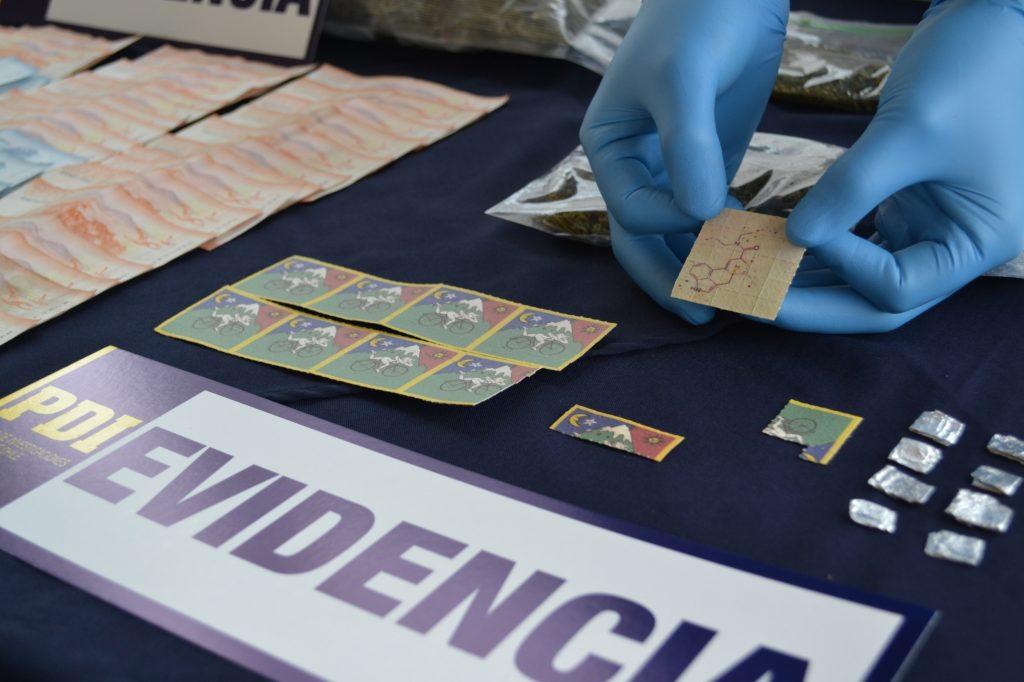 Cocaína, éxtasis, LSD y hongos alucinógenos: Desbaratan banda dedicada al tráfico en la Región de Aysén