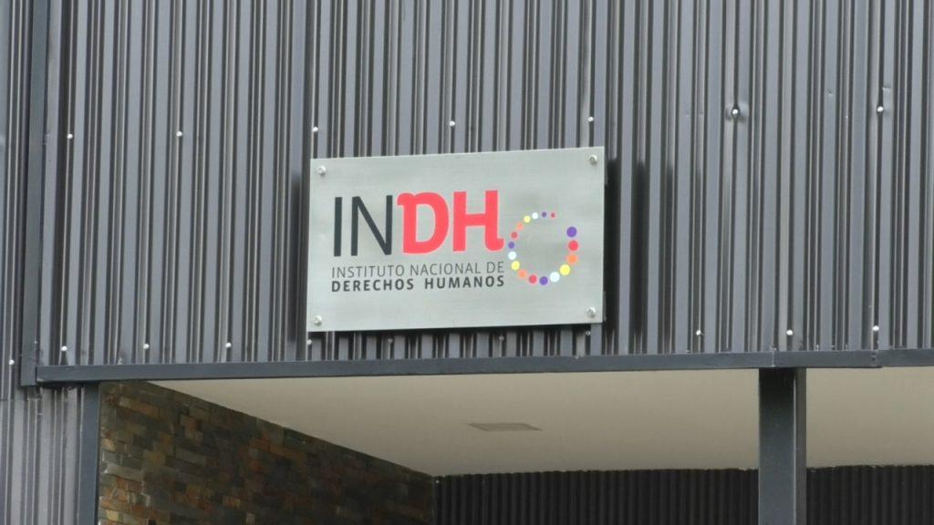 Apremios ilegítimos y xenofobia en el CCP: INDH se querella y Gendarmería inicia investigación interna