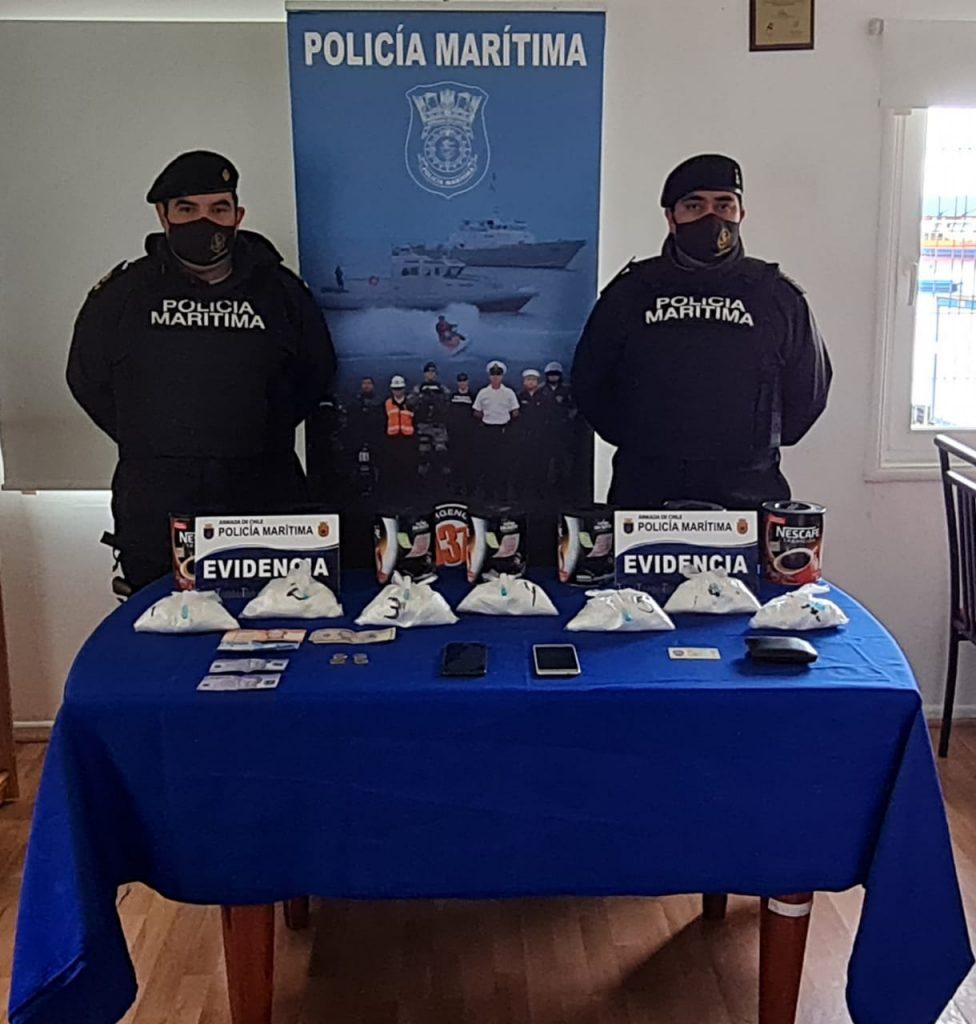 Puerto Cisnes: Preso quedó un sujeto que intentó ingresar dos kilos de cocaína en tarros de café