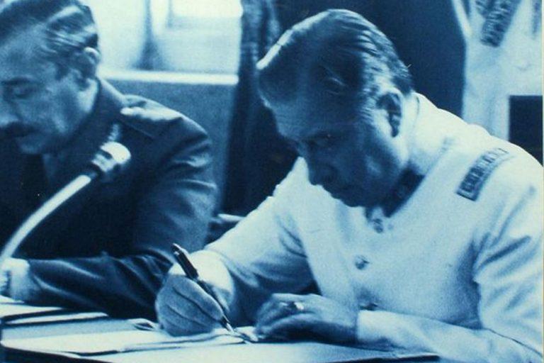 Municipio de Coyhaique compromete revisión de la distinción de Hijo Ilustre del Dictador Pinochet